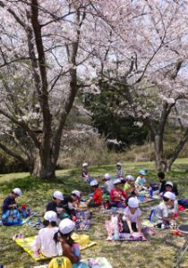 H29-04-14_平成29年4月14日 お花見遠足 6